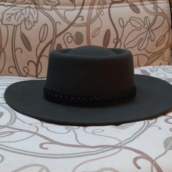 Women's fall hat